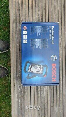 Bosch GSR18V-60FC FLEXI CLICK SYSTEM C/W 3 X PRO CORE 4.0 AH & 4 X CHUCKS