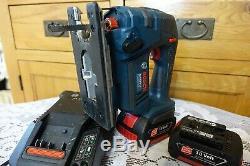 Bosch GST 18V-LI Professional jigsaw 2x18v 3,0 Ah batteries and charger 240v
