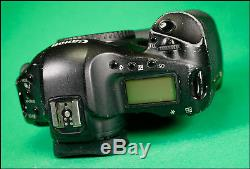 Canon EOS 1D MK III Pro DSLR Camera, sold with Battery, & Genuine LC-E4 Charger