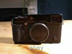 Fujifilm X-Pro1 with full case, battery, charger and strap
