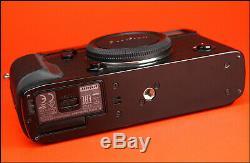 Fujifilm X-Pro 2 Mirrorless DSLR Fuji Camera + Battery, Charger & Box 5,698 Shots
