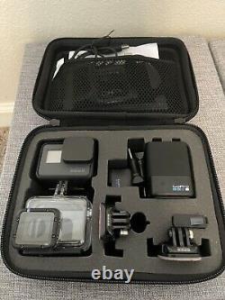 Go Pro Hero 6 4k Black + case + super suit + dual battery charger