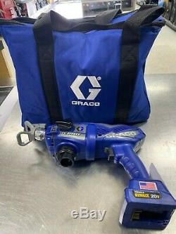 Graco TCPro Cordless Airless Handheld Paint Sprayer 17N166 2 Batteries Charger