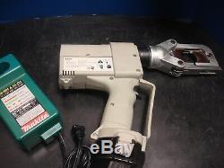 Greenlee Eccx Gator Pro 6 Ton Cordless Hydraulic Cutter Set Battery Charger