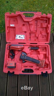 HILTI AG 125-A22 Pro Angle Grinder 2x B22 5Ah Batteries & Charger +original case