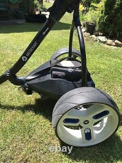 Motocaddy S3 Pro Electric Golf Trolley With Charger / Battery & Storage Bag