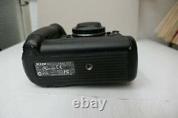 Nikon D1x, Professional With 2 Nikon Battery + Charger