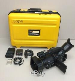 Panasonic AG-DVC-80 PRO 3 CCD Digital Video Camera With Case, Battery, & Charger
