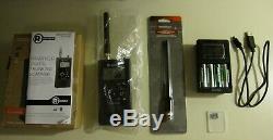 RADIOSHACK Pro-668 Digital Trunking Scanner + 800mhz Antenna + Batteries Charger