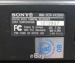 Sony DCR-VX2000 Digital Video Camcorder miniDV 3CCD Battery Charger Remote Bag