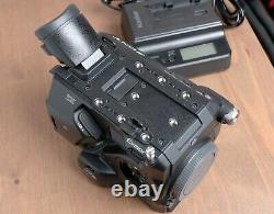 Sony PXW-FS5 4K Ultra HD Camcorder with Battery and Charger 1 Hour
