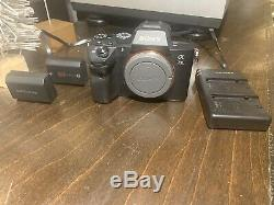 Sony a7III 42.4MP Full Frame Mirrorless Pro Camera +2 batteries & charger