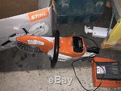 Stihl Pro Cordless Cut Off Saw Battery & Charger Bundle TSA230