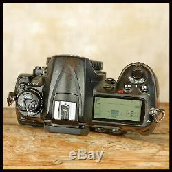 Super Clean Low Use Pro Nikon D300 Digital SLR Camera + battery + charger